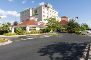 HOLIDAY INN HOTEL & TINLEY PARK CONVENTION CENTER