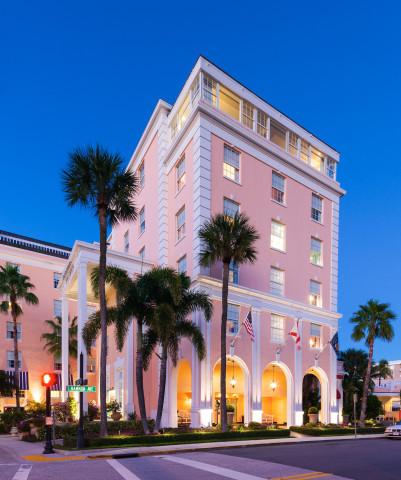 Luxury Beachfront Resorts   Upscale Resorts in Palm Beach FL