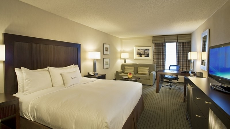 Doubletree by Hilton Baltimore-BWI Airport