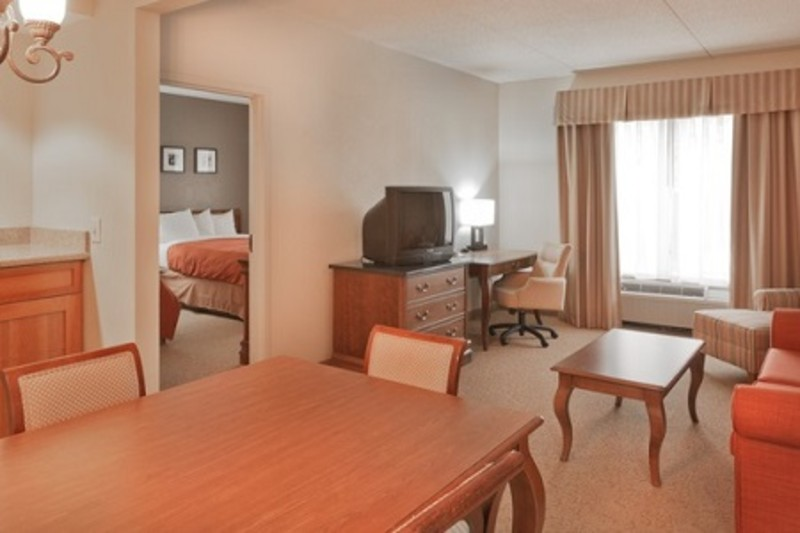 Country Inn & Suites, BWI Airport