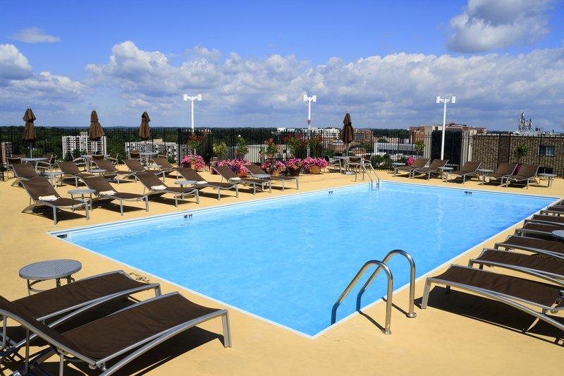 Rooftop Seasonal Swimming Pool