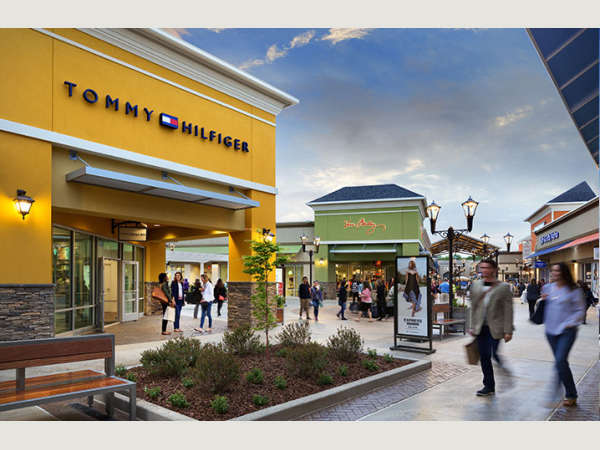 Asheville Outlet Mall >> Asheville Outlets Asheville Nc S Official Travel Site