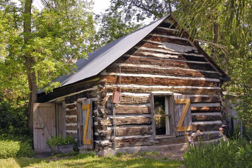 Billing's Cabin at Old Mill Park