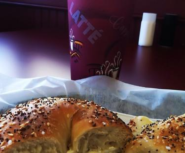 Cupertino's New York Bagel and deli