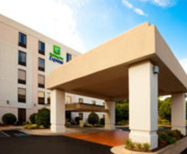 Holiday Inn Express Mechanicsville