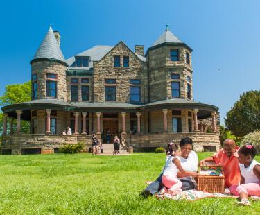 Maymont Mansion Picnic
