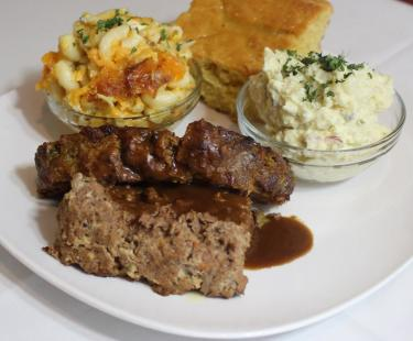 Ma Michele's Meatloaf Platter