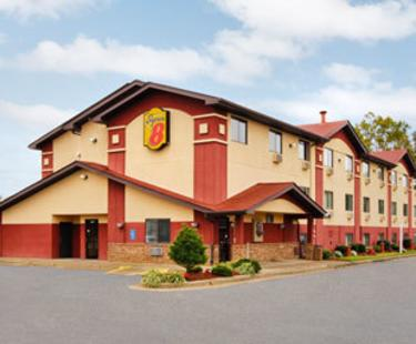 NEW Super 8 Motel Airport