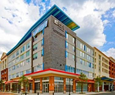 NEW aloft Hotels West