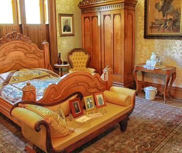 Ashland Bedroom