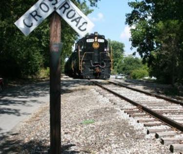 Rail Crossing: Bluegrass Railroad