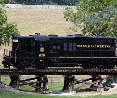 Locomotive: Bluegrass Railroad