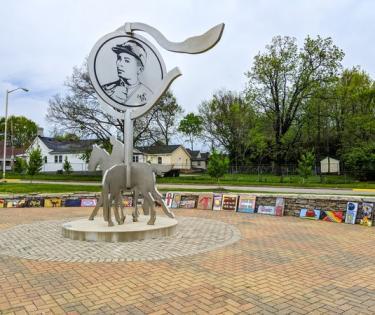Isaac Murphy Memorial Art Garden