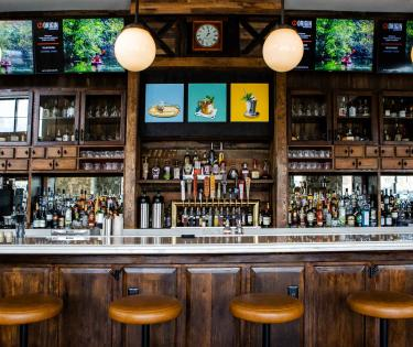 Bar at 33 Staves