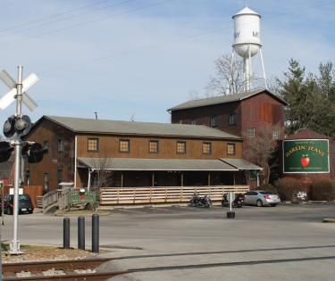 Darlin' Jeans Apple Cobber Cafe: Midway, KY