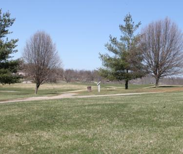 Ducker's Lake Golf Course: Frankfort, KY