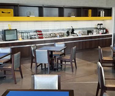 Glo Breakfast Area