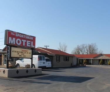Sportsman Motel: Lexington, KY