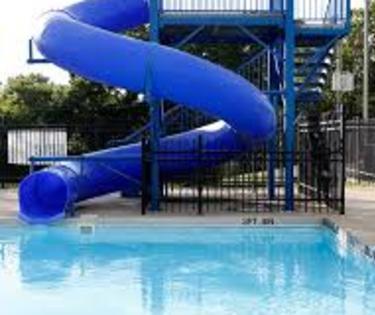 Tates Creek Aquatic Center
