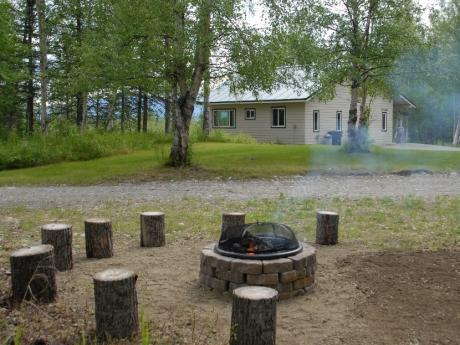 Firepit & Cottage