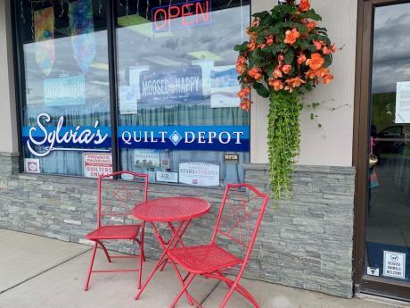 Quilt Shop-Outside