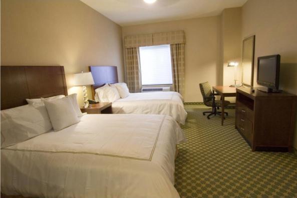 1051_Homewood QQ Room.jpg