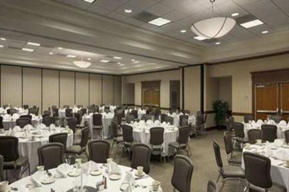 10792_4611_embassy suites banquet.jpg