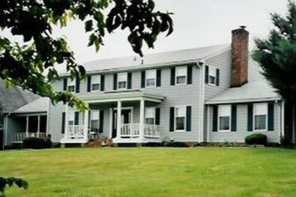 10921_4674_Middle Grove Inn.jpg