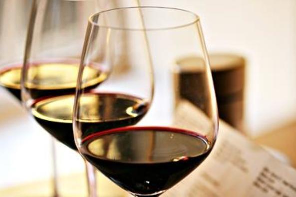 109806_5807_wine kitchen 3.jpg