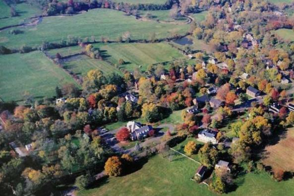 148732_1847_3-Aerial view of Waterford, VA.jpg