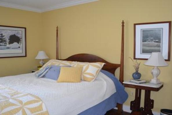 148918_4710_fieldstone room 2.jpg