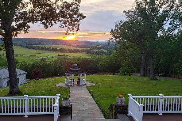 THE MANOR SUNSET VIEW