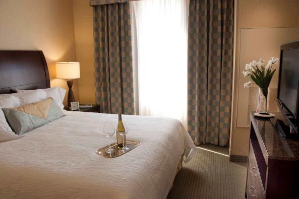 3565_Suite bedroom.jpg