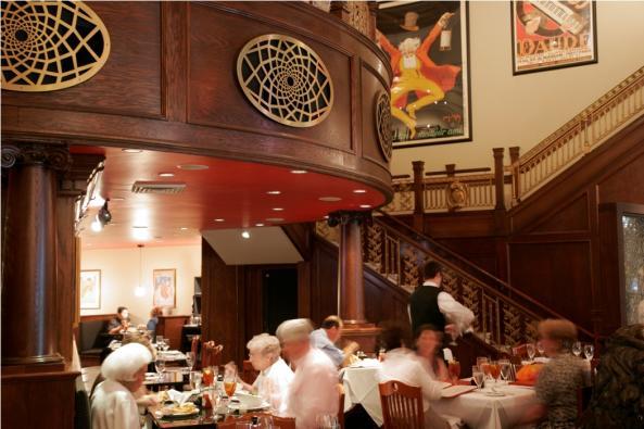 914_456_JG Lightfoot dining room web.jpg