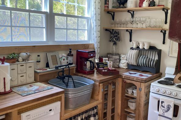 Barn house kitchen