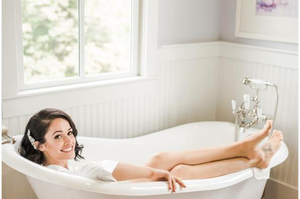 The Clawfoot Tub