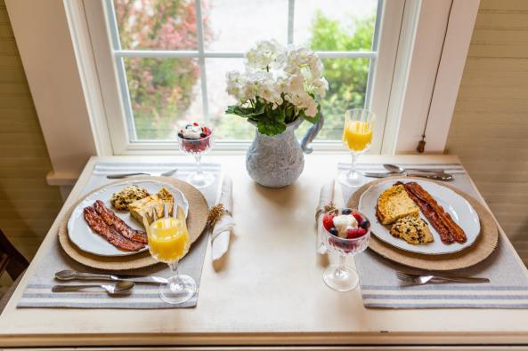 Powell's Studio breakfast