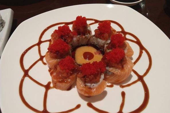 Mr. Sushi & Mrs. Roll Image 2