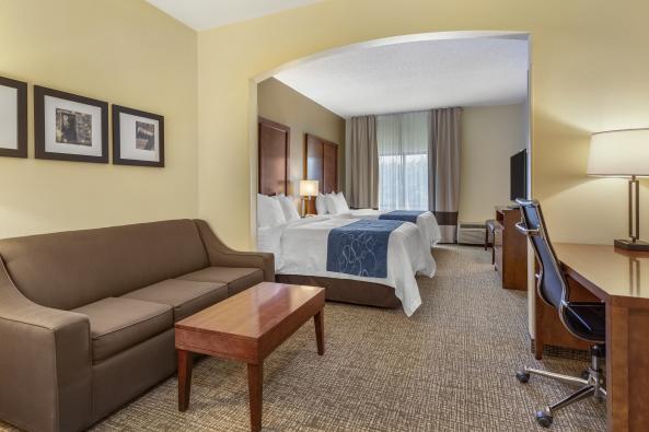 Standard Queen Suite
