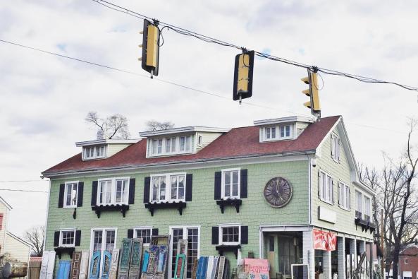 luckets street image 1