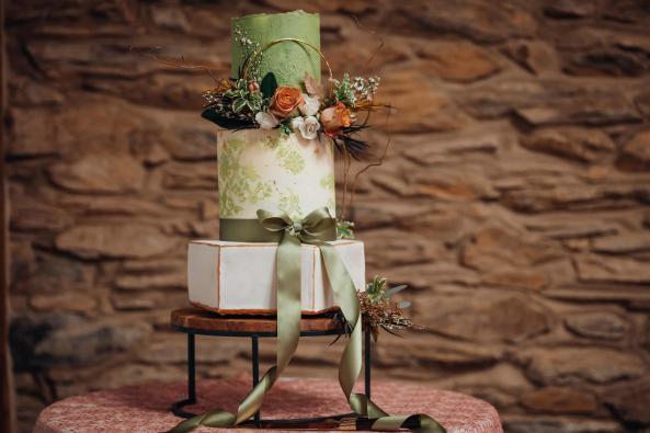 shiloh wedding cake