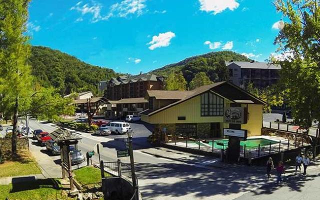 Mountain-House-Inn-650x420.jpg