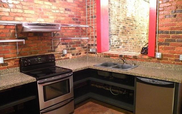 337 S. Davie Street Kitchen