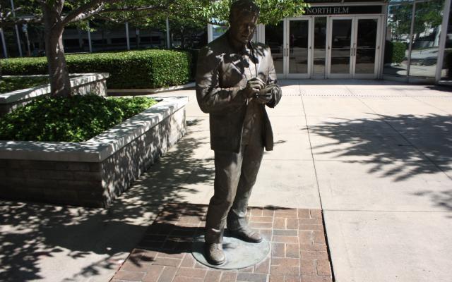 o-henry-statue.jpg