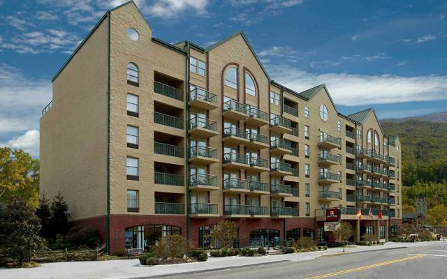 Black Bear Inn & Suites Hotel