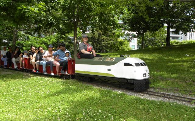 Toronto Railway Museum's miniature train ride