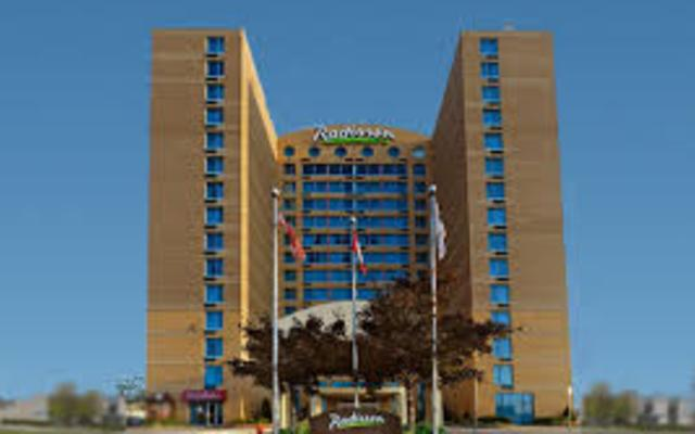 Welcome to Radisson Suites Hotel Toronto Airport