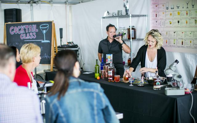 Cocktail Class at The Wine & Spirit Festival