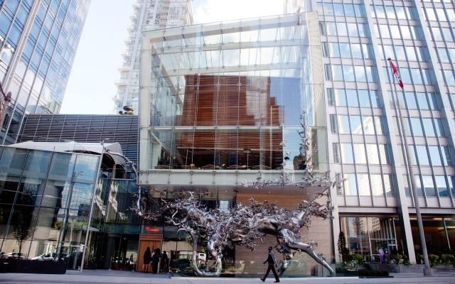 Momofuku Toronto Exterior - Photo Credit Gabriele Stabile