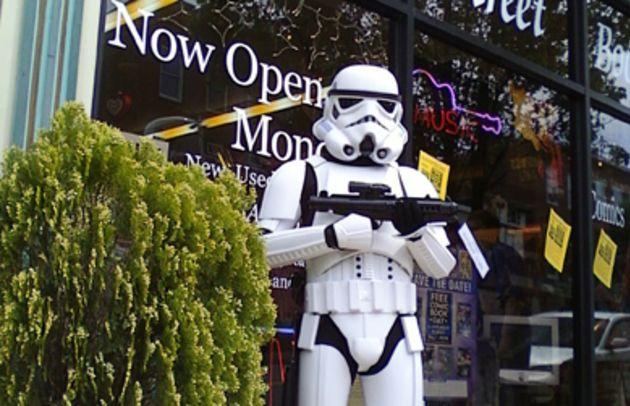 washington_books_stormtrooper_online.jpg